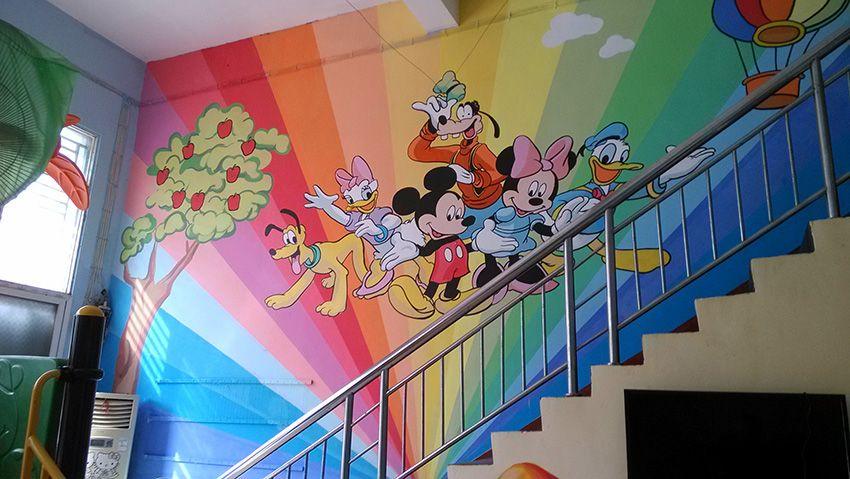 手绘墙壁画分室内和室外两种